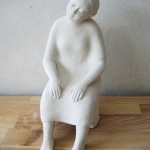 Zittende vrouw1