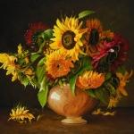Stilleven met meerkleurige zonnebloemen