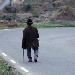 Oude wandelaar in Gran Canaria