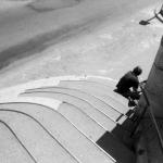 Man op trap in Arles (Fr)