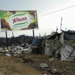 Reclamebord Knorr bij Luanda Angola