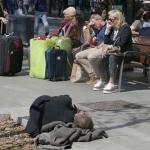 Slapende man - Barcelona april 2017