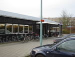 De oude situatie van winkelcentrum Lange Voort - Irislaan. Zoals o.a de noodwinkels.