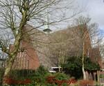 De Regenboogkerk vindt u in de Mauritslaan, in de Oranje wijk te Oegstgeest.