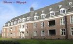 Het voormalige Zendingshuis vindt u op de Leidschestraatweg te Oegstgeest. Het is enige jaren geleden gerenoveerd/gerestaureerd en er zijn appartementen in gemaakt en er is tevens ook nieuwbouw bijgekomen.