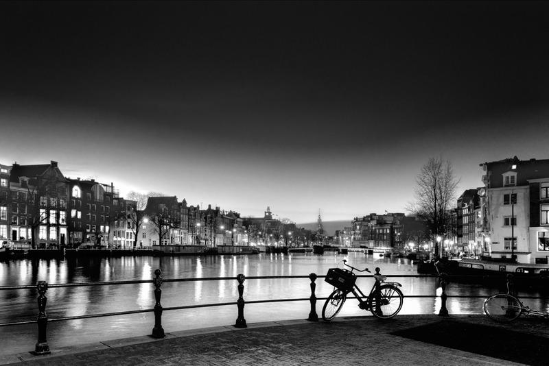 Amsterdam @ night in BW 1