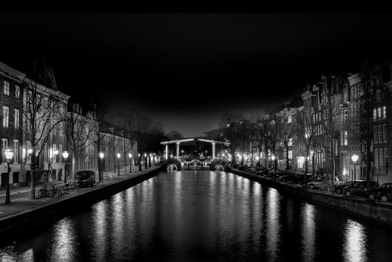 Amsterdam @ night in BW 3