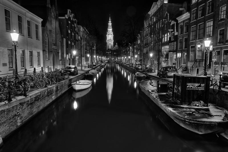 Amsterdam @ night in BW 7