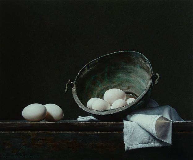 Stilleven met hagelwitte eieren en geoxideerde ketel