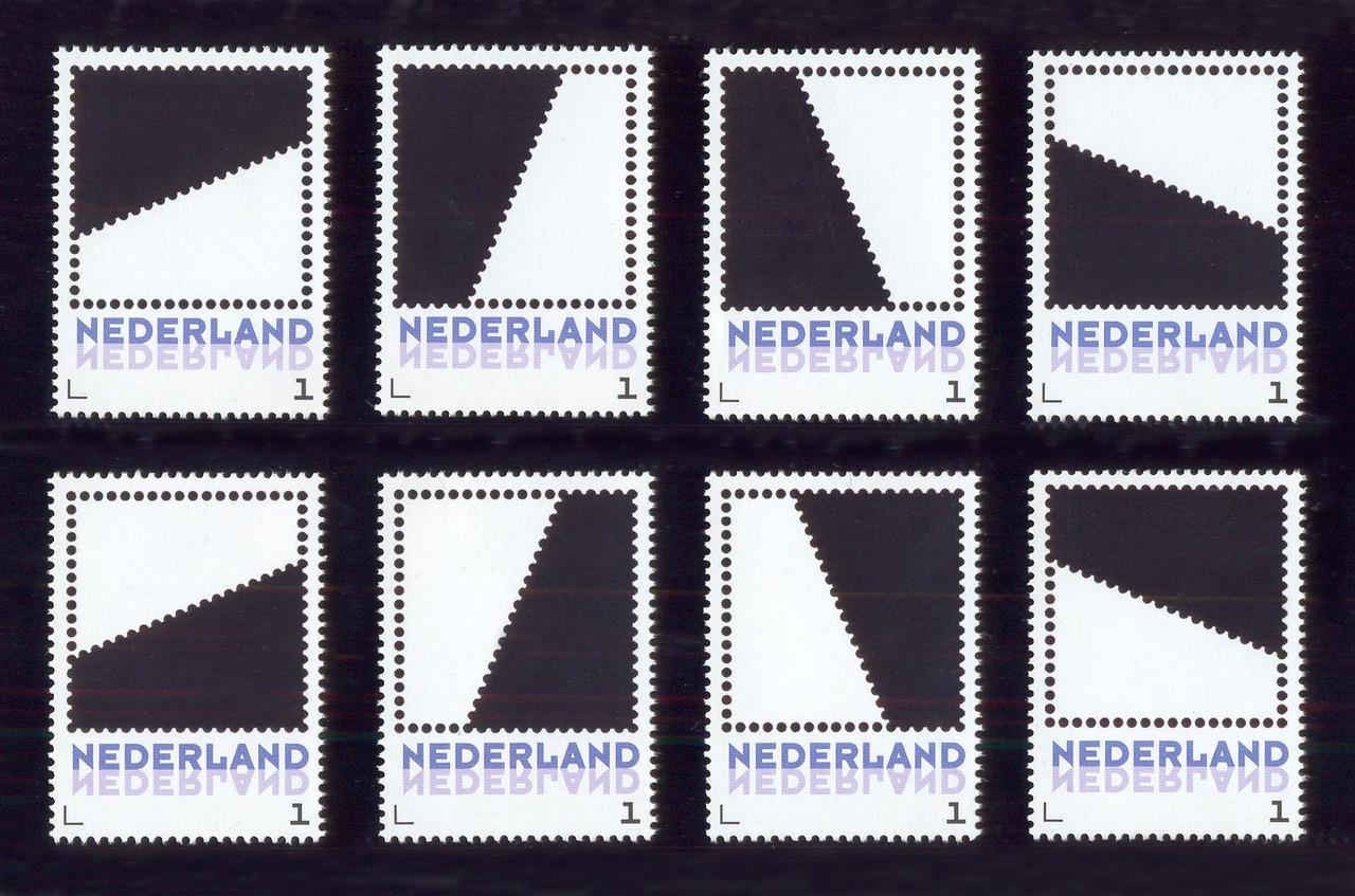 Acht verschillende halve vierkanten binnen het vierkant