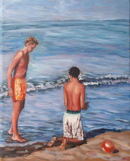 Twee jongens op het strand
