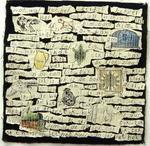 Samenvoegingen van textiel en papier, geborduurd.