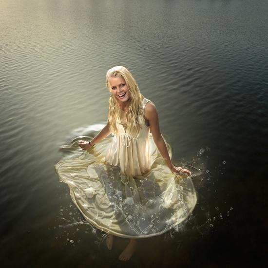 Sanne in het water
